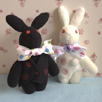 2黑白蕾兔